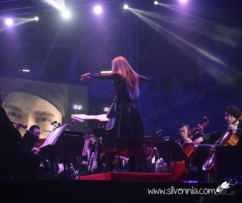 Eimear Noone, a talented maestro performing along with the National Symphony Orchestra of Malaysia